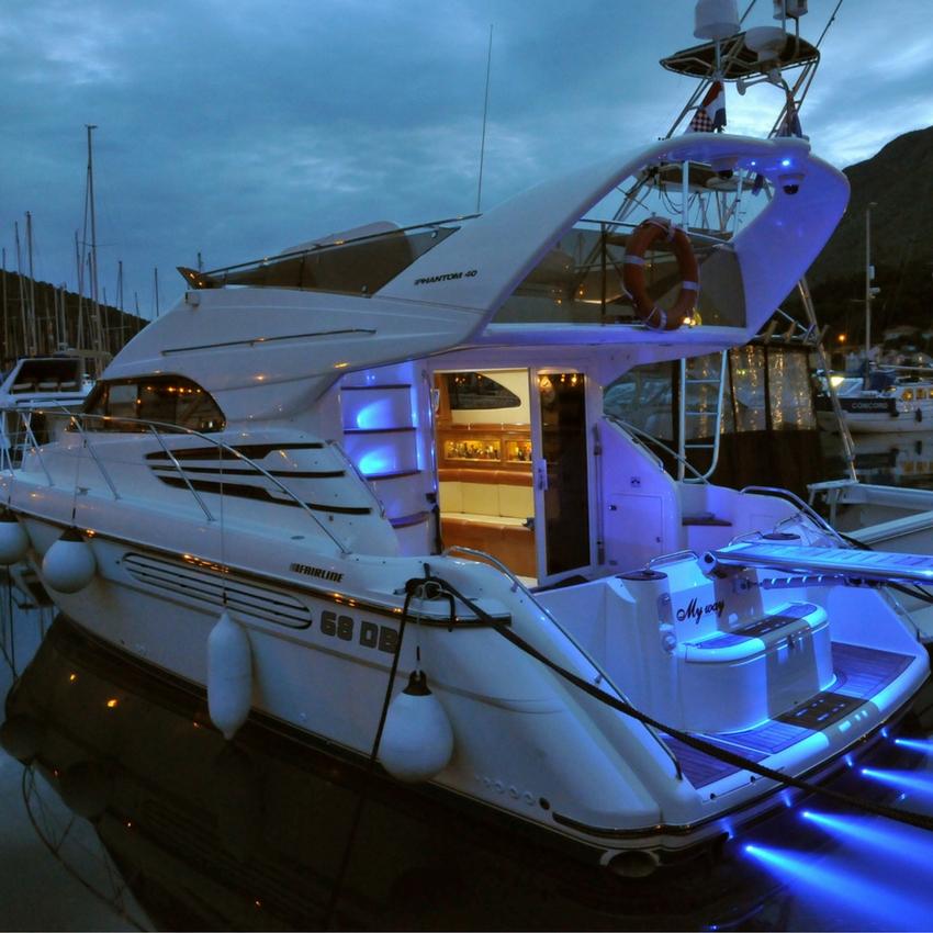Night led lights Fairline Phantom